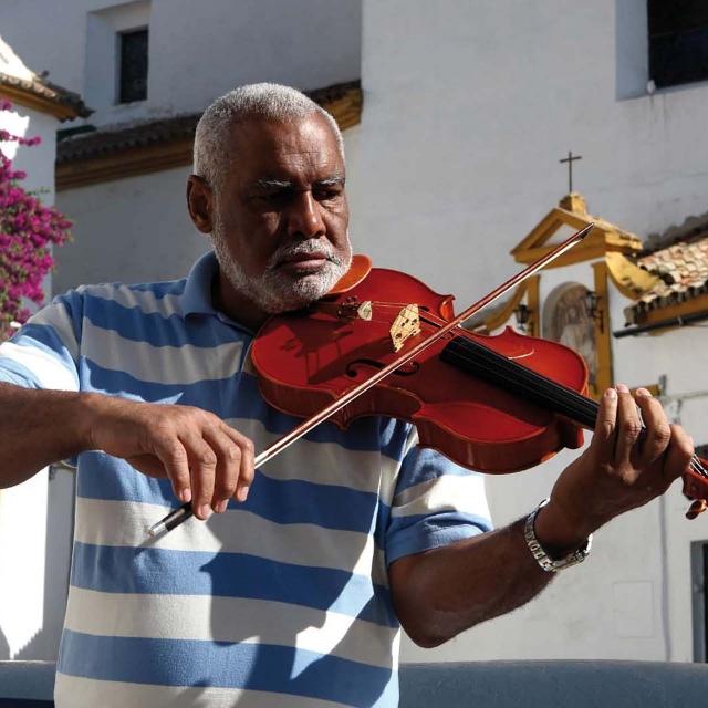 Jorge Hernández / Cuba